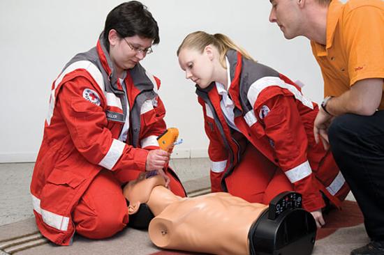 Manichini BLS, Manichini ALS, Formazione utilizzo defibrillatori, Trainer Defibrillatori